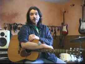 De jeux de Bébé, je vais Vous Laisser sur la Guitare