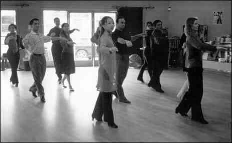 Comment Enseigner le Théâtre Musical de la Chorégraphie