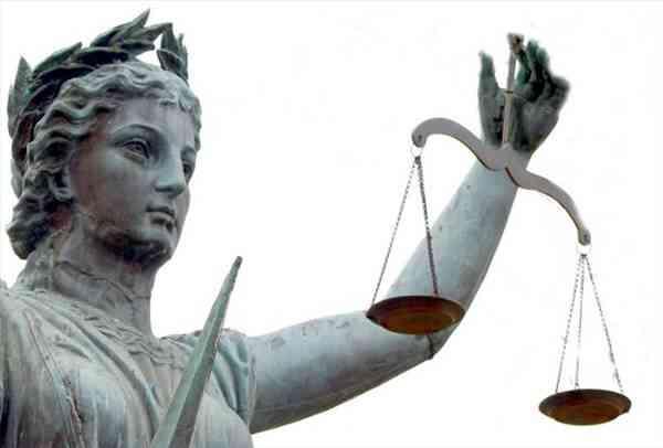 Comment Démarrer une Cour de Reporting d