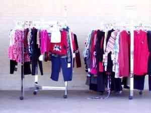 Comment faire pour Démarrer un Magasin de Vêtements Recyclés