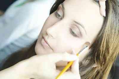 Comment faire pour Démarrer un Maquillage de Mariage d