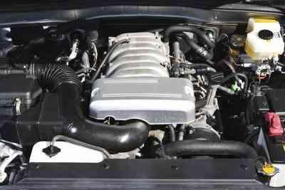 Comment Remplacer le Maître-Cylindre sur 1996-2000 Dodge Caravanes