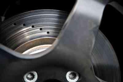 Comment faire pour Modifier les Rotors sur une Chevrolet Uplander Van