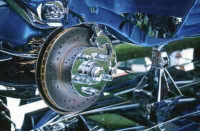 Comment Changer les disques Avant sur une Honda Accord 1999