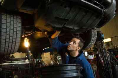 Comment purger le Liquide de Frein dans un Chevy Silverado