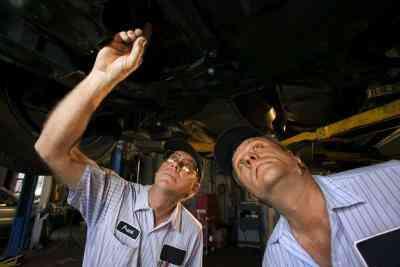 Si Vous Remplacez la Pompe dans une Transmission Reconstruire?
