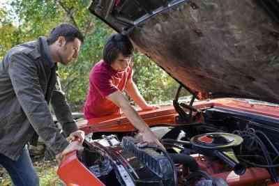 Les inconvénients de Quitter un Carburateur Starter Grande Ouverte Tout le Temps sur un 302 Ford Moteur