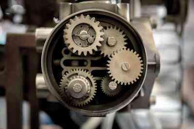 Leçon pour les Enfants sur la Façon dont les Engrenages de Travail et des Machines Qui Ont Eux
