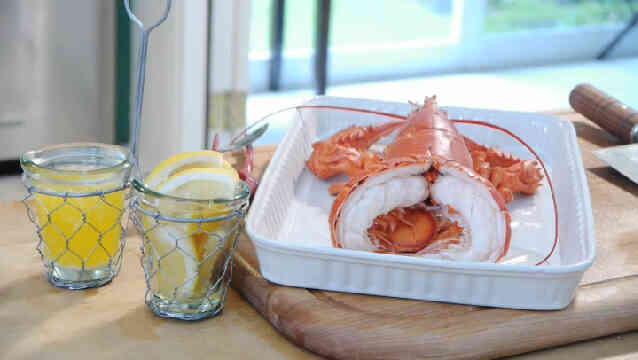 Comment cuire le homard entier - Comment cuisiner le homard ...