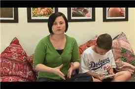 Massage des Conseils pour le Traitement des Enfants Avec la Fatigue des Yeux