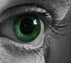 Comment Repérer les Symptômes de la Névrite Optique