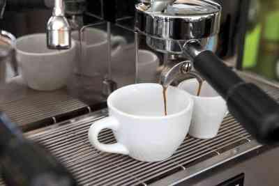 Les Dangers des Machines à Espresso