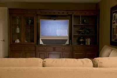 Comment Connecter un Système de Cinéma Maison pour une TV Sony Bravia