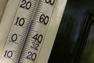 Le Thermomètre À Mercure Vs. Thermomètre À Alcool