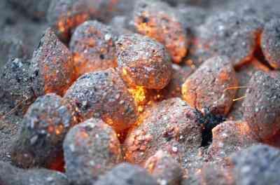 Comment Brûler du Charbon dans un fourneau