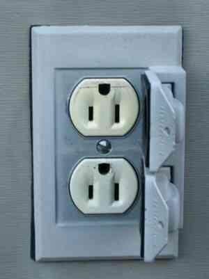 La bonne Position pour Installer des prises Électriques