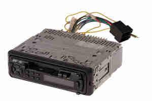 Supprimer les systèmes stéréo de voiture: haut-parleurs et le faisceau de câblage