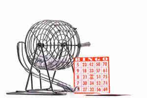 Tenir un succès panier de bingo de collecte de fonds