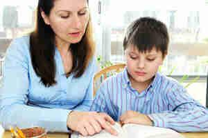 Demandez à votre enfant de se concentrer sur son travail