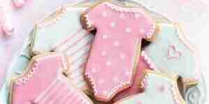 La cuisson et la décoration de douche de bébé cookies: facile recette de biscuits