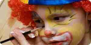 Peindre un visage de clown