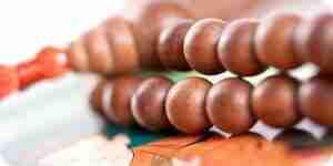 Faire des perles de prière Bouddhiste