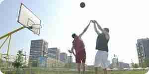 De tir de basket-ball: des compétences, des conseils et des exercices