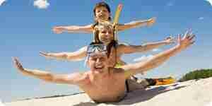 Plan famille, vacances à la plage dans les états-unis
